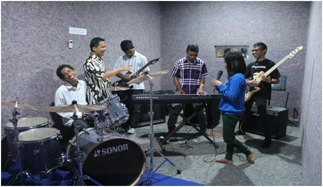 Ruang Band 1